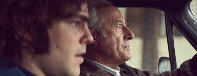 Alejandro (Peter Lanzani) und Arquimedes Puccio (Guillermo Francella)