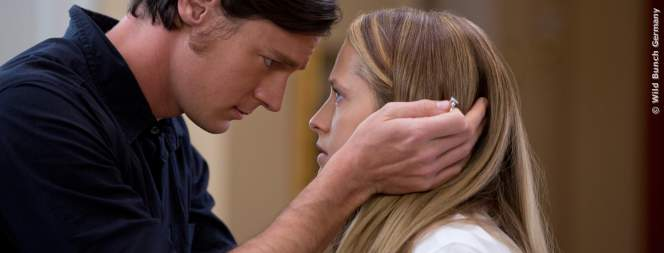 Travis (Benjamin Walker) will Gabby (Teresa Palmer) heiraten.