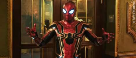 """""""Spider-Man 3: No Way Home"""": Merch ist schon da und verrät einiges über den neuen Superheldenanzug von Spidey - News 2021"""