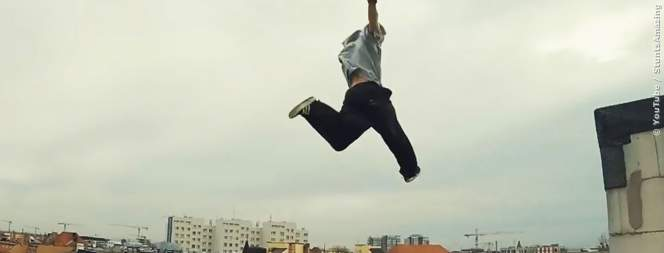 Coole Parkour und Freerunning-Moves in Action