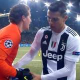 Video: Unfaire Fußball-Stars
