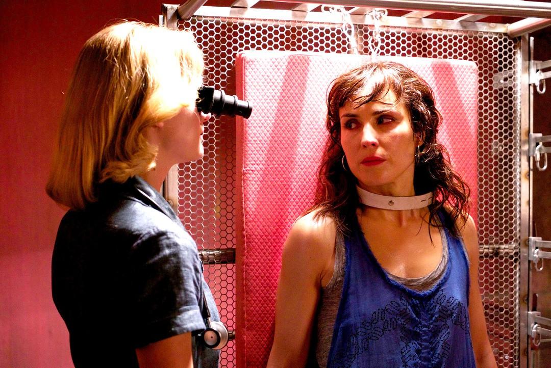 Rupture: Trailer zum Sci-Fi Thriller mit Noomi Rapace - Bild 1 von 8