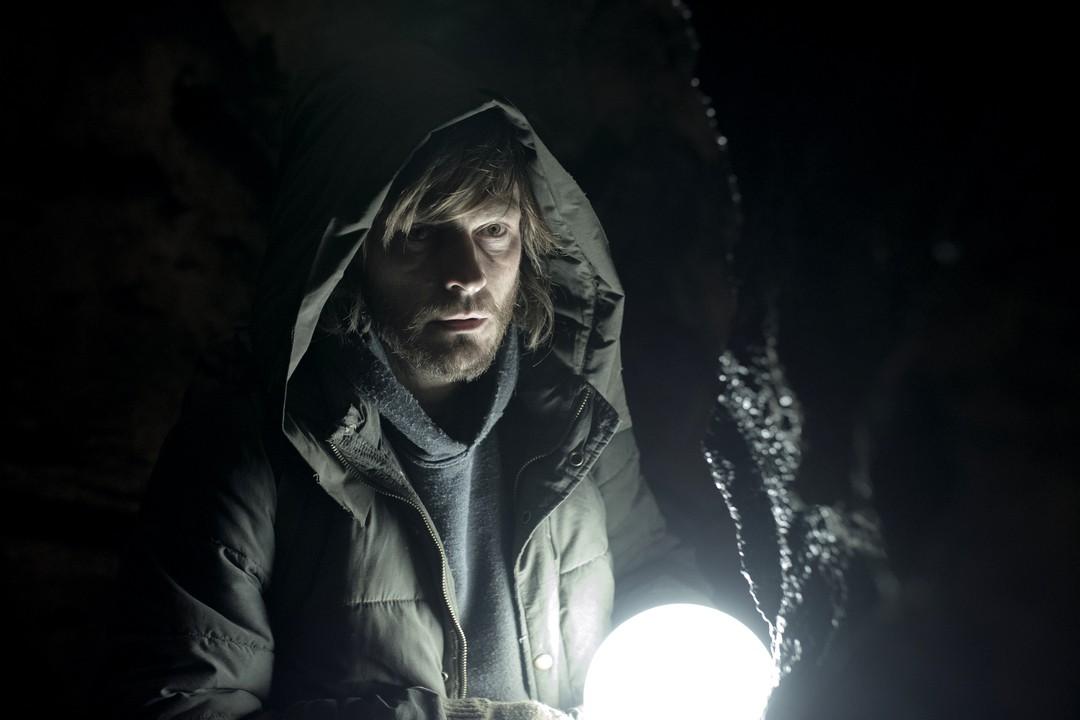 Dark: Netflix-Serie schafft Probleme in den USA - Bild 2 von 6