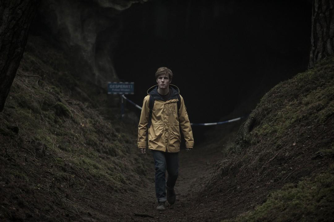 Dark: Netflix-Serie schafft Probleme in den USA - Bild 3 von 6