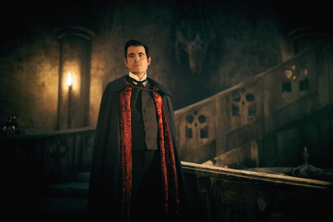 Dracula Trailer - Miniserie - Bild 1 von 8