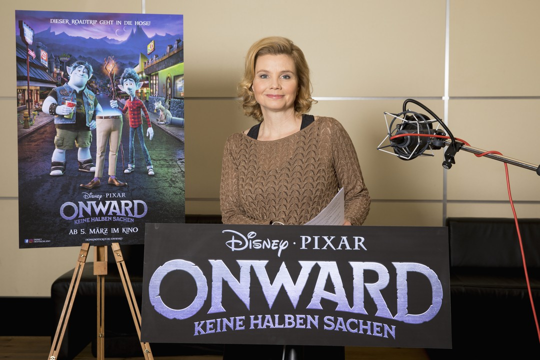 Annette Frier: Exklusives Interview zum Film Onward - Bild 1 von 3